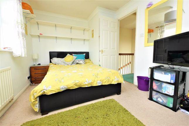 Bedroom of Beaulieu Mews, Didcot OX11