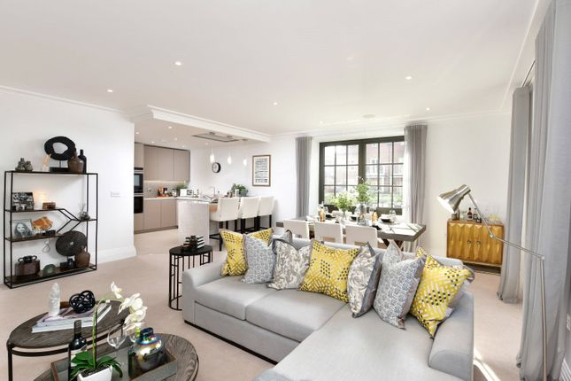 Thumbnail Flat for sale in Jubilee Wharf, Taplow Riverside, Taplow