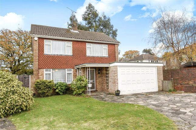 3 bed detached house for sale in Rose Dale, Crofton Heath, Orpington