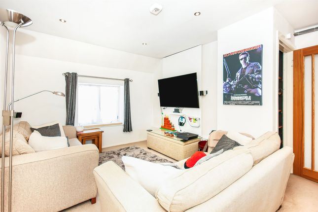 Thumbnail Maisonette for sale in Lewes Road, Forest Row