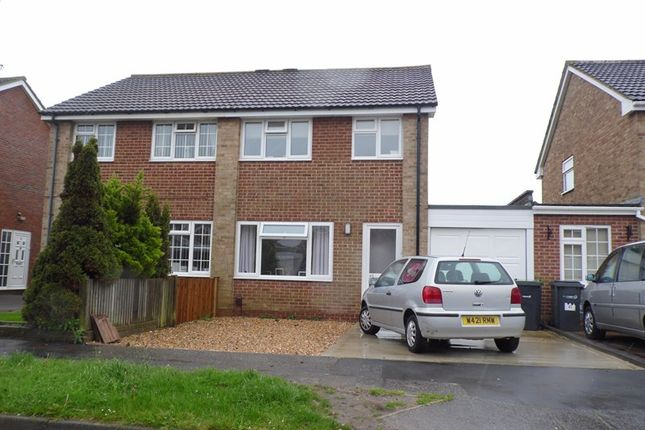 Thumbnail Semi-detached house to rent in Spencer Drive, Lee-On-The-Solent, Hampshire