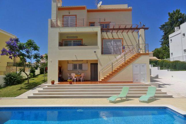 4 bed villa for sale in Pêra, Silves, Portugal