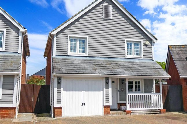 Thumbnail Detached house for sale in The Lakes, Larkfield, Kent
