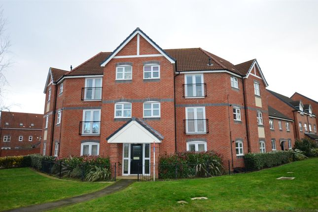 Thumbnail Flat for sale in College Green Walk, Mickleover, Derby