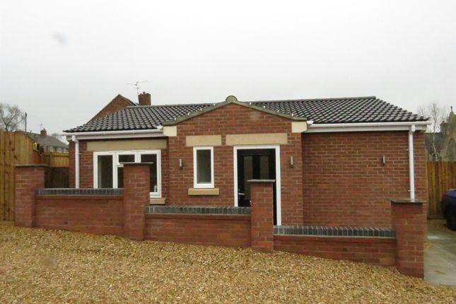 Thumbnail Detached bungalow for sale in High Street, Corby Glen, Grantham