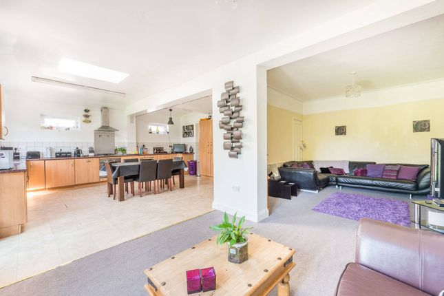 Thumbnail Semi-detached house to rent in Grandison Road, Worcester Park