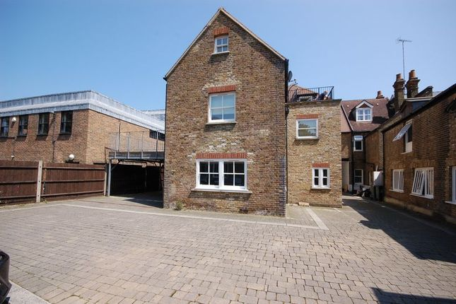 Thumbnail Semi-detached house to rent in Church Street, Rickmansworth
