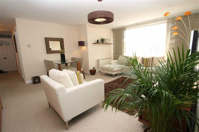 Thumbnail Flat for sale in Brandhall Court, Oldbury