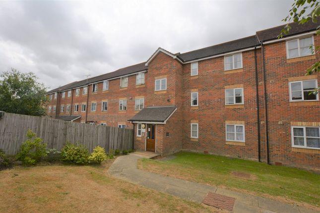 Thumbnail Flat for sale in Riverbank Way, Ashford