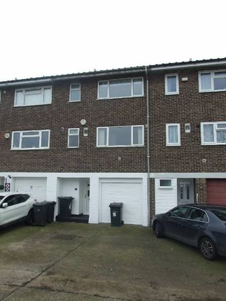 Thumbnail Property to rent in Temple Way, East Malling, West Malling