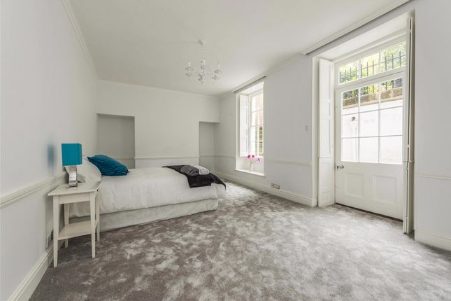 Thumbnail Flat to rent in Sion Hill Place, Bath