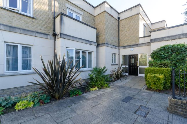Thumbnail Flat for sale in Holly Hill, Bassett