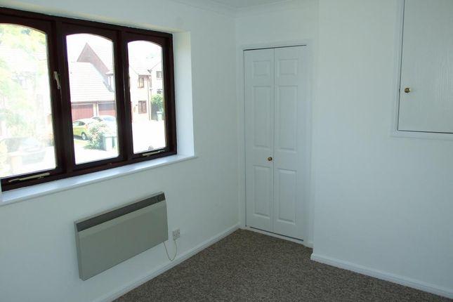 Picture 7 of Morden Close, The Warren, Bracknell, Berkshire RG12