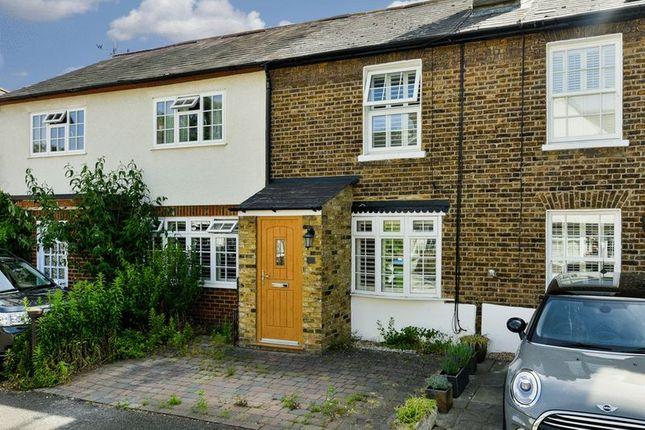 Thumbnail Semi-detached house to rent in Rushett Close, Thames Ditton