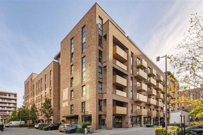 1 bed flat for sale in Pell Street, London SE8