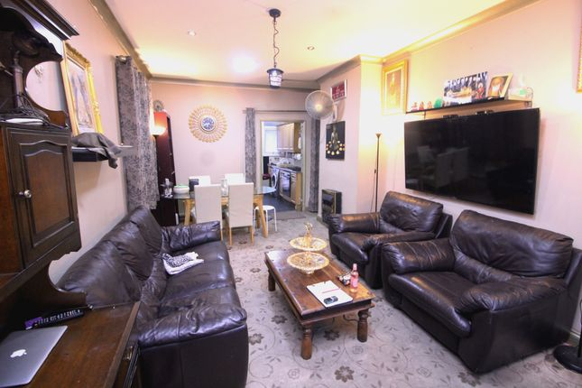 Thumbnail Bungalow for sale in Balfour Road, Southall