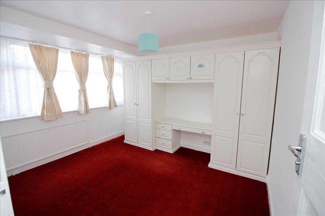 Bedroom 1 of Waltham Drive, Edgware HA8