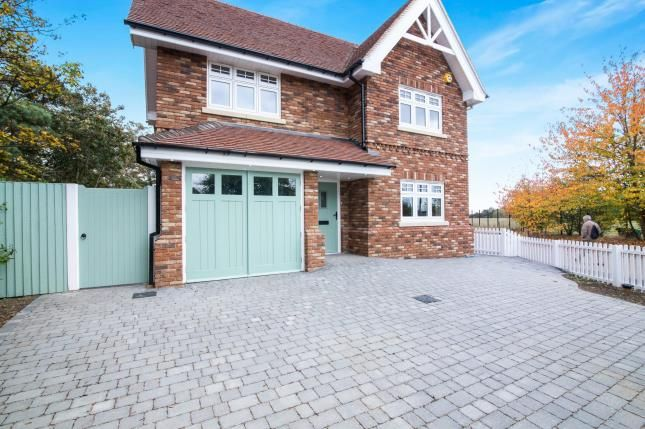 Thumbnail Detached house for sale in Great Baddow, Chelmsford, Essex