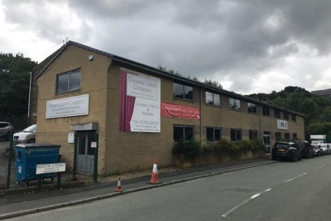 Thumbnail Office to let in Grove House, Commerce Street, Haslingden