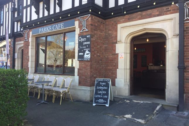 Thumbnail Restaurant/cafe for sale in 4 Victoria Square, Droitwich Spa