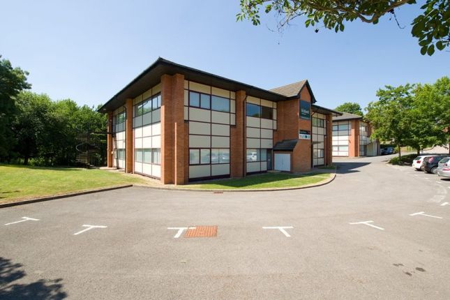 Thumbnail Office to let in Hawk House, Peregrine Business Park, Gomm Road, High Wycombe