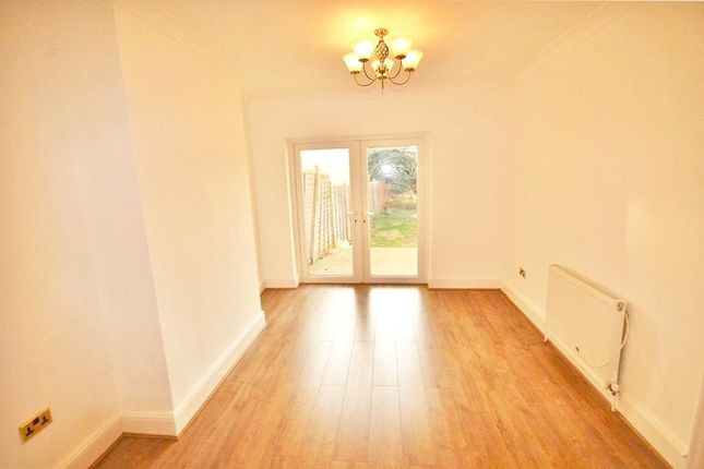 Thumbnail Terraced house to rent in Sunny Bank, London