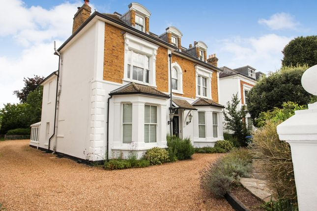 2 bed flat for sale in Arnison Road, East Molesey KT8