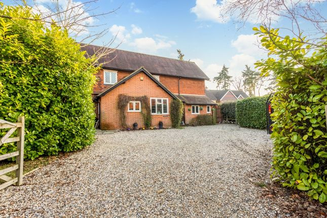 Thumbnail Semi-detached house to rent in The Cedars, Newbury