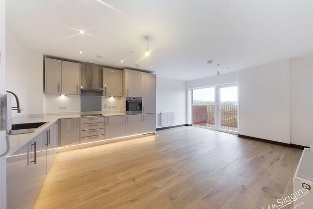 Thumbnail Flat to rent in Waterhouse Avenue, Maidstone