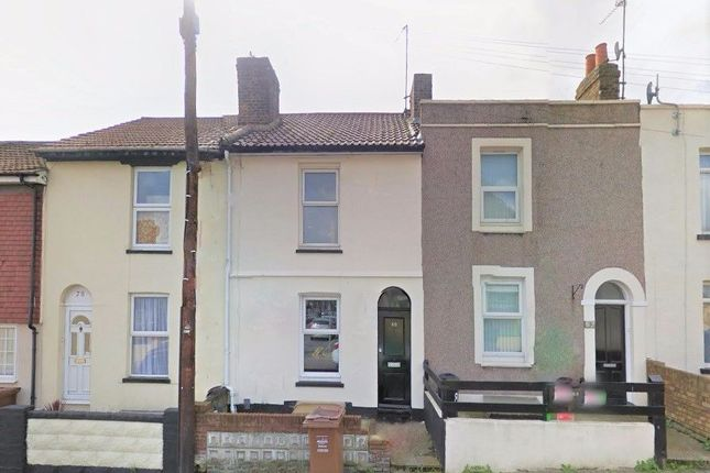 Thumbnail Terraced house to rent in Saunders Street, Gillingham