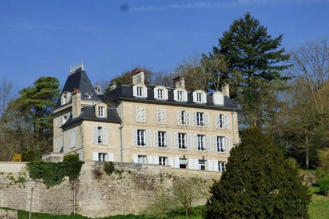 Thumbnail Property for sale in Compiegne, Picardie, 60200, France