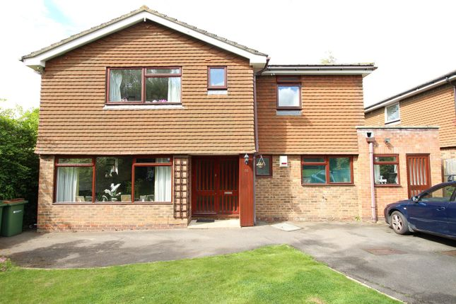Thumbnail Detached house for sale in Richmond Way, Fetcham, Leatherhead