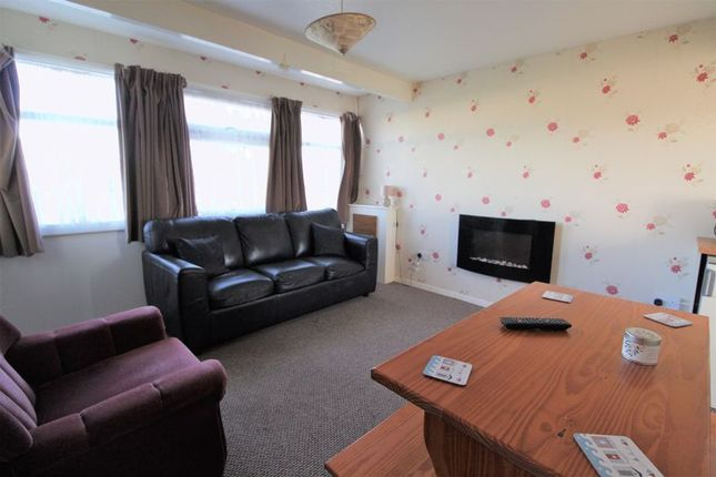 Lounge(2) of Newport Road, Hemsby, Great Yarmouth NR29