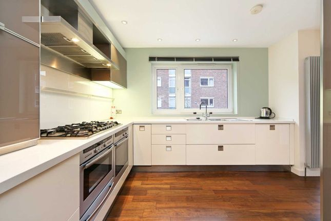 Thumbnail Town house to rent in Woodsford Square, Holland Park