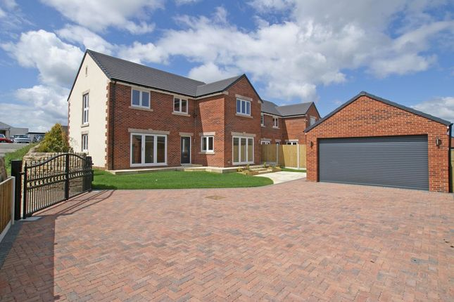 Thumbnail Detached house for sale in Top Farm, Main Road, Stretton, Derbyshire
