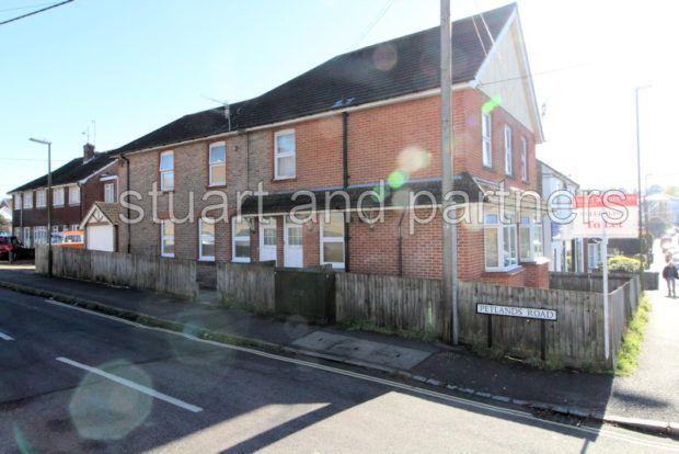 Flat to rent in Sussex Road, Haywards Heath