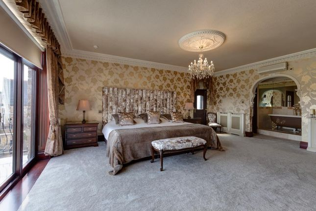 Master Bedroom of Kiveton Lane, Todwick, Sheffield S26
