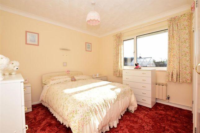 Bedroom 1 of Meadowbrook Road, Kennington, Ashford, Kent TN24