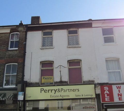Office to let in High Street, Gillingham