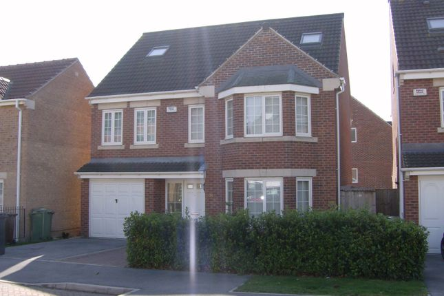 Thumbnail Detached house to rent in Lilac Court, Leeds