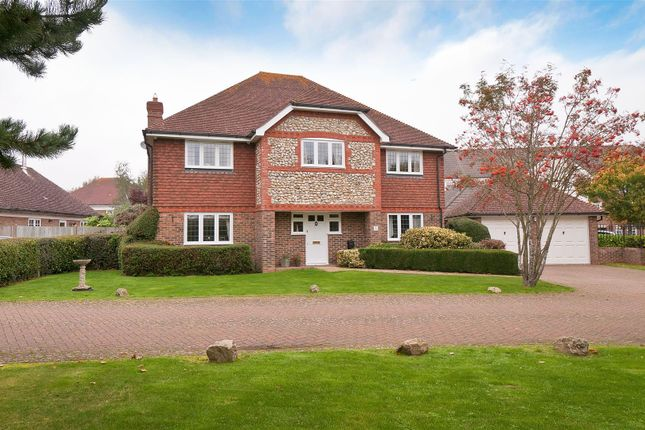 Thumbnail Detached house for sale in Cleeve Court, Kings Hill, West Malling