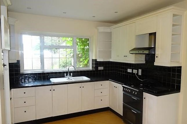Thumbnail Property to rent in Northdown Road, Belmont, Sutton