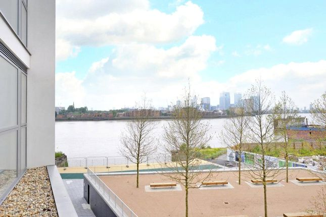 Picture No.24 of Granite Apartments, 30 River Gardens Walk, Greenwich, London SE10