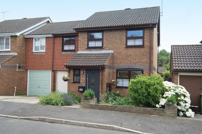 Thumbnail Property for sale in Cremer Place, Faversham