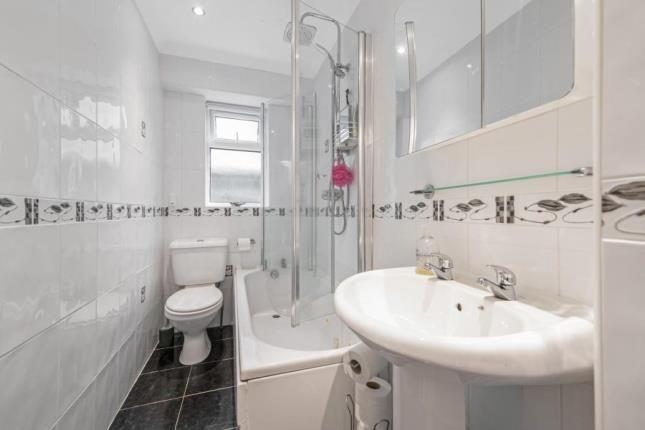 Bathroom of Dunnikier Road, Kirkcaldy, Fife KY2