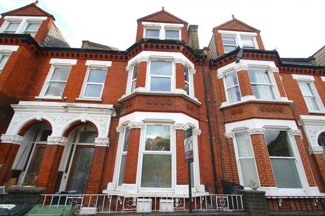 Thumbnail Flat to rent in Gubyon Avenue, London
