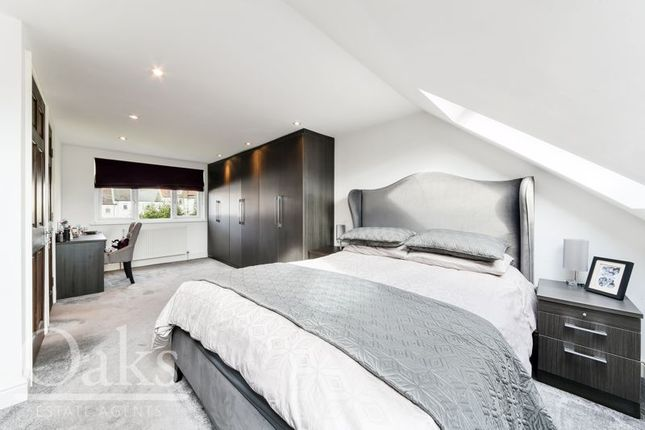 Bedroom of Parry Road, London SE25