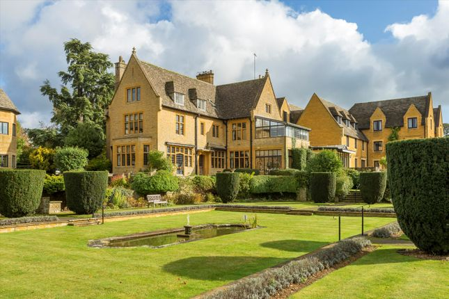 Thumbnail Flat for sale in Newlands House, Stow On The Wold, Cheltenham, Gloucestershire