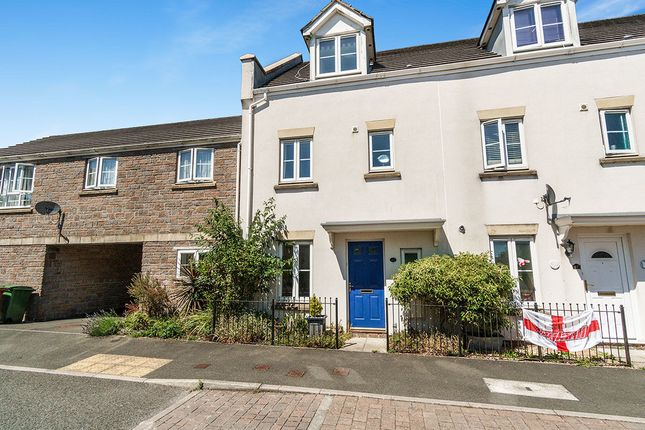 Thumbnail Terraced house for sale in Barlow Gardens, Plymouth