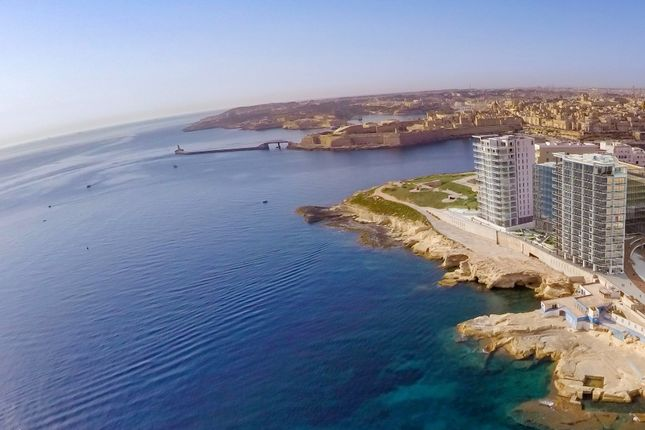Thumbnail Apartment for sale in Tigne Point - Sliema, Malta